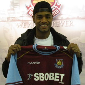 vaz-te-signs-for-hammers