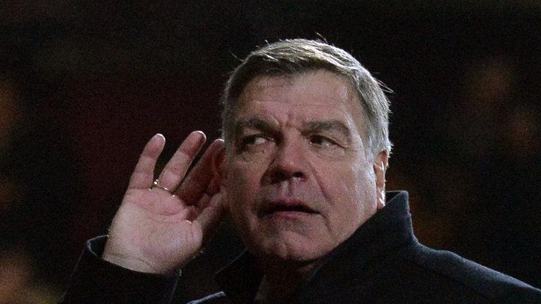 west-ham-manager-sam-allardyce-cupping-ear